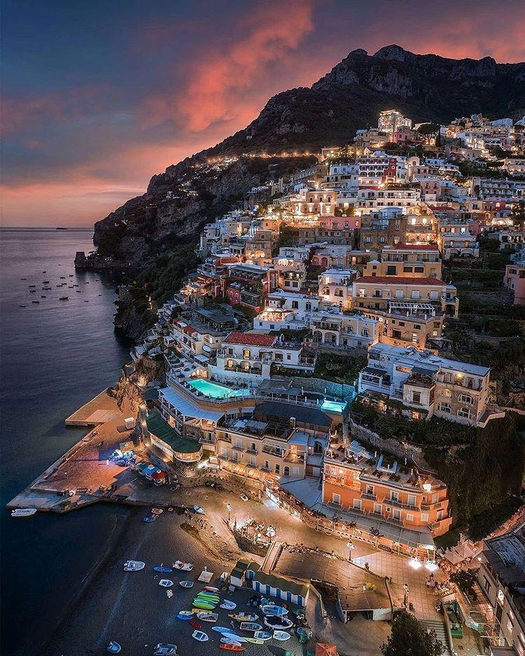 Anochecer en Amalfi
