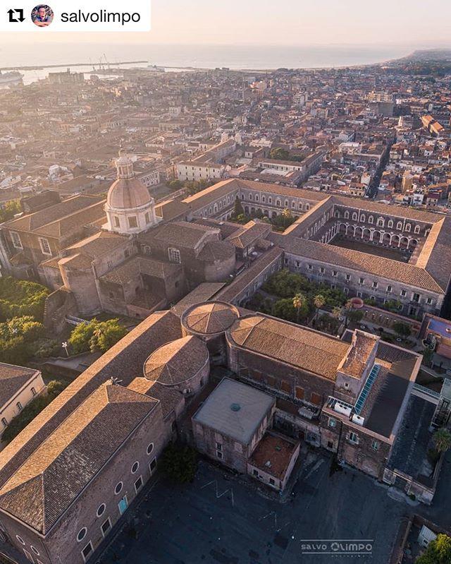 Monasterio Benedictino iglesia de San nicolo de Catania
