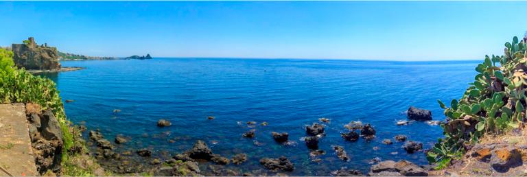 aci castello panoramica de la costa