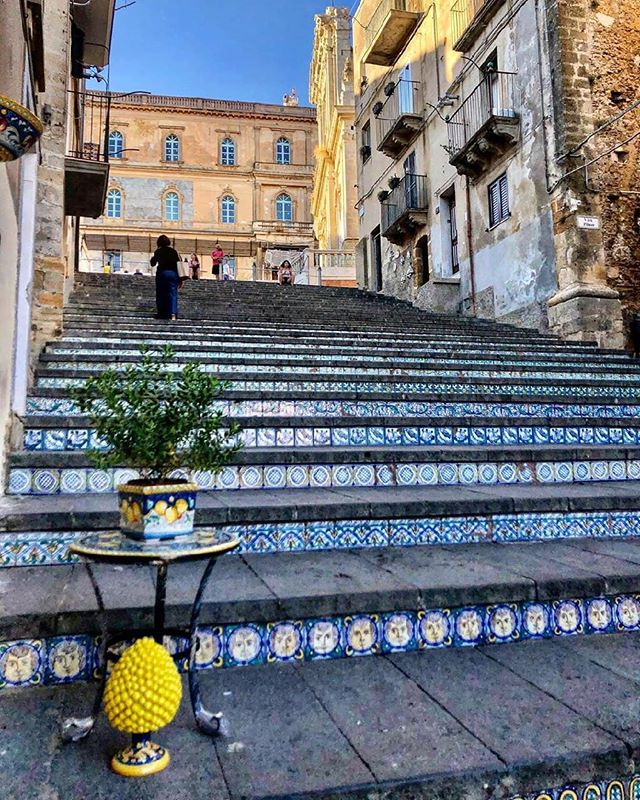 escaleras de ceramica caltagirone sicilia