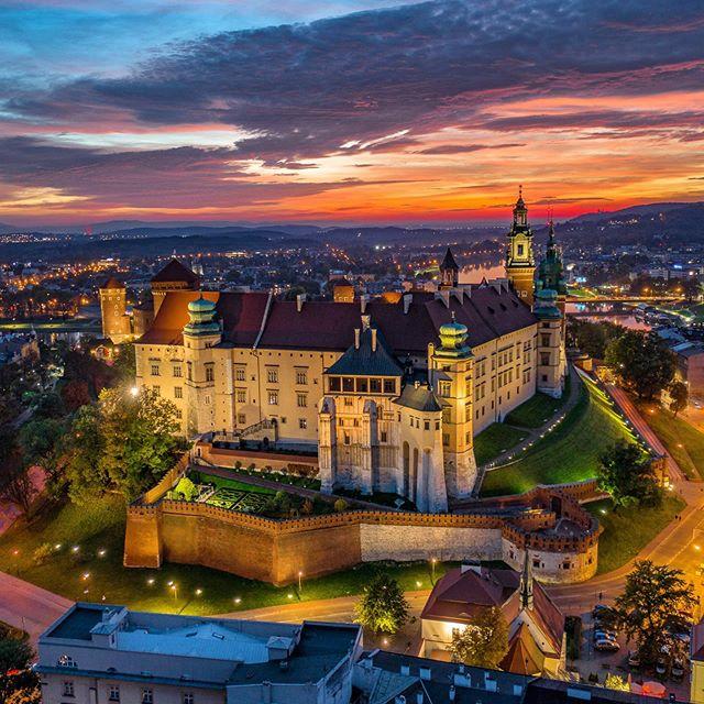castillo wawel cracovia polonia de noche