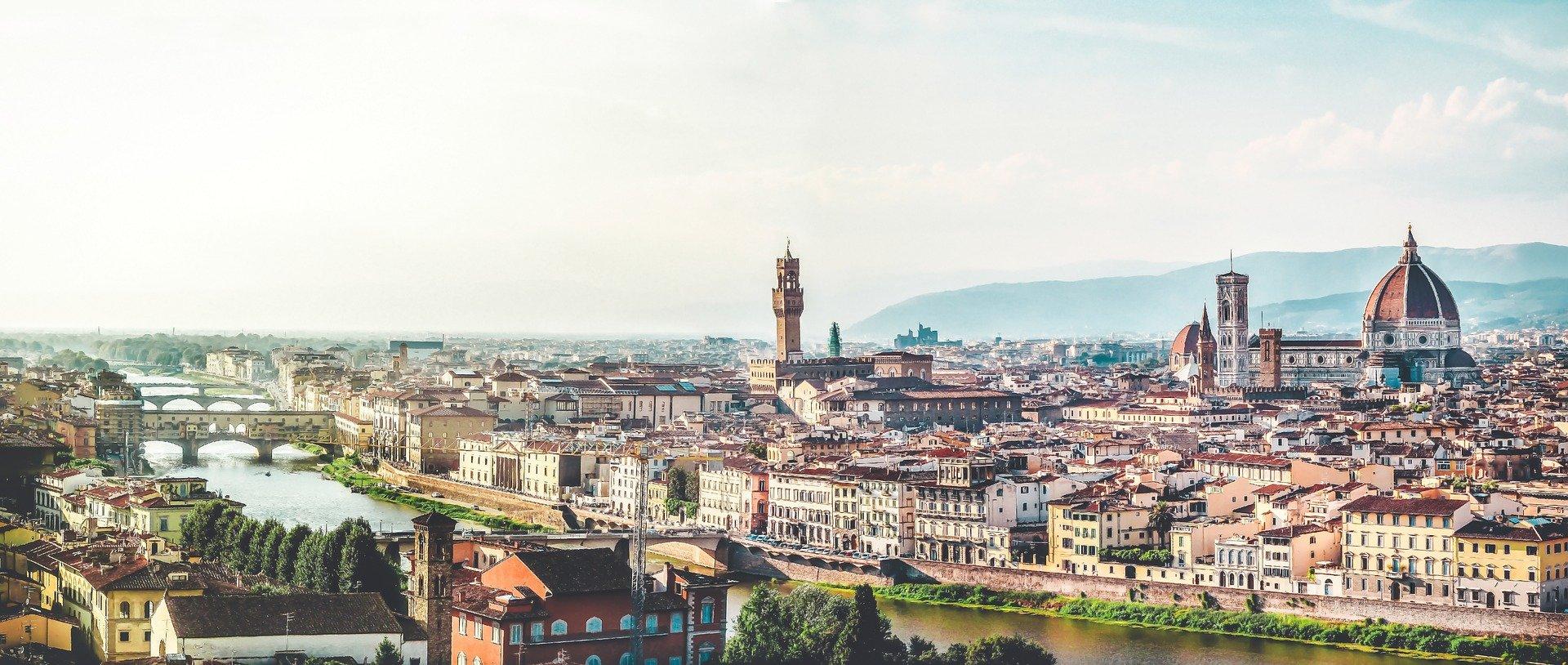 Vista panoramica de Florencia desde la plaza michelangelo