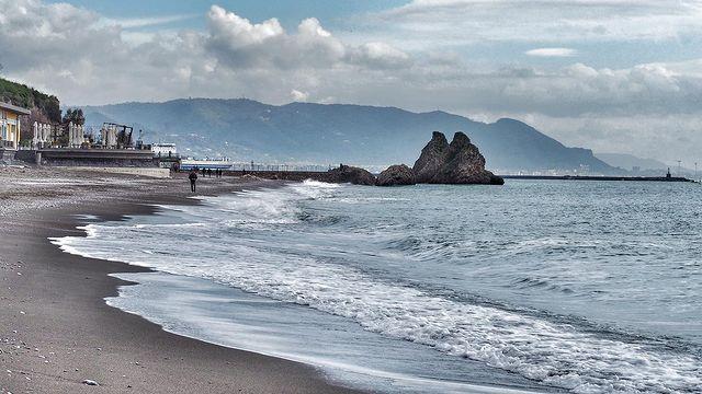 playa de la marina de vietri sul mare