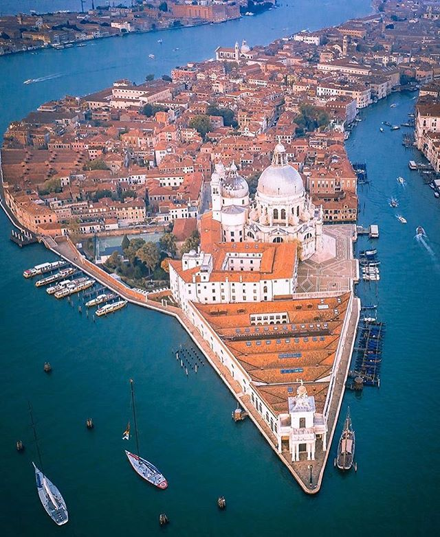 santa maria della Salute venecia