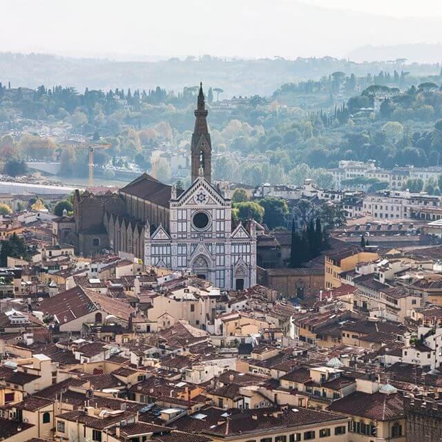 basilica della santa croce de Florencia desde el aire