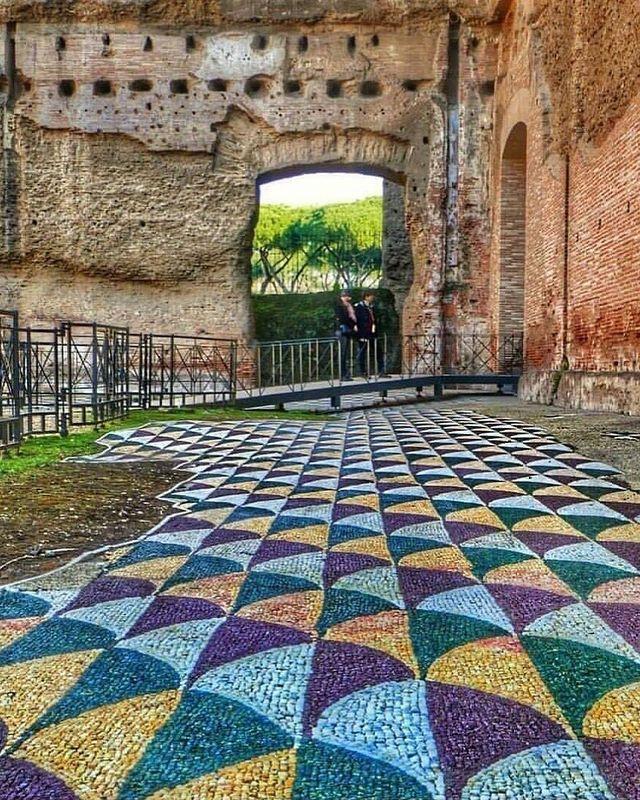 mosaicos en el suelo de las termas de caracalla roma