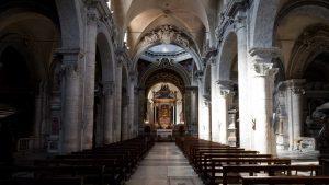Interior de la Basilica de Santa Maria del Popolo de Roma