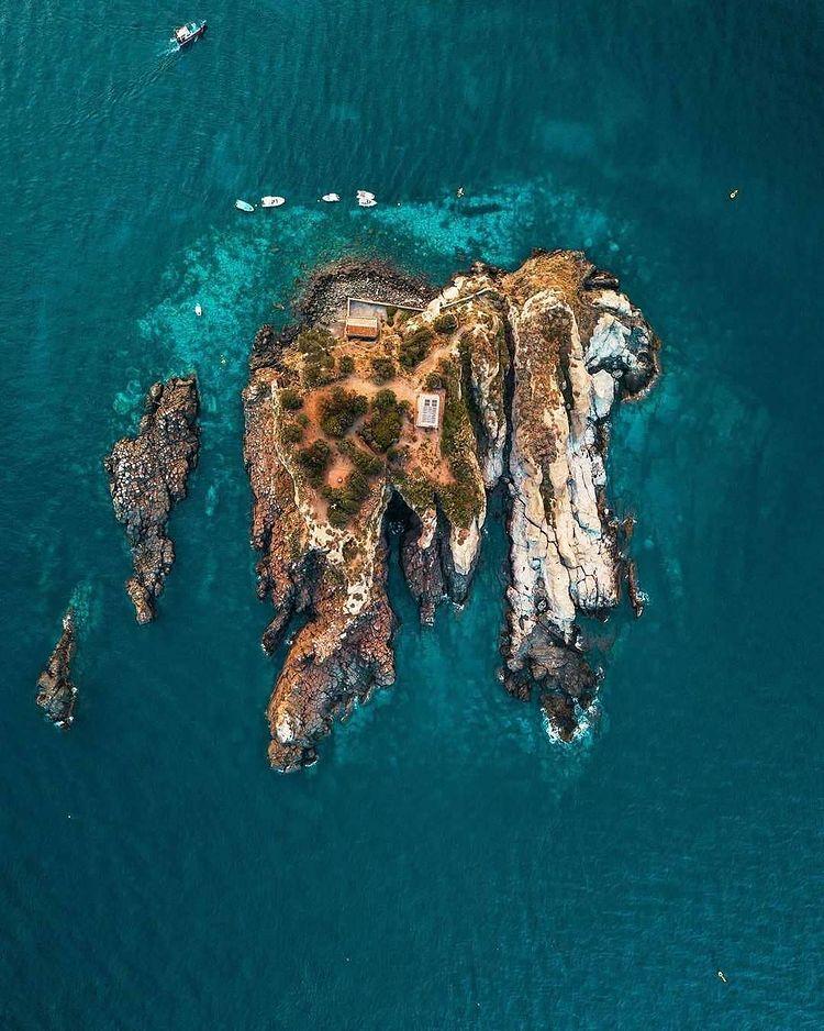 l'isola lachea vista aerea