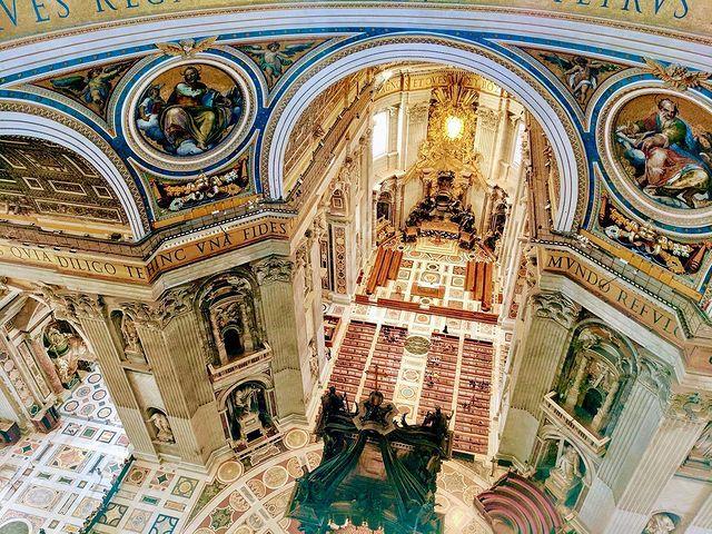 vista interior de san pedro desde la subida a la cupula