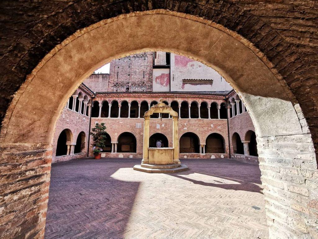 claustro de santo stefano